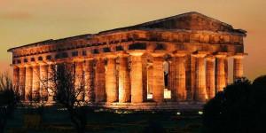 paestum-greek-temple-by-night